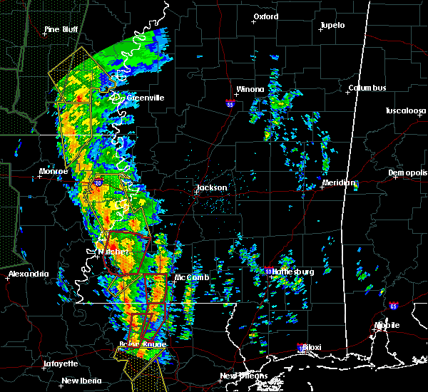 Radar Image for Severe Thunderstorms near Wesson, MS at 12/28/2015 2:51 AM CST