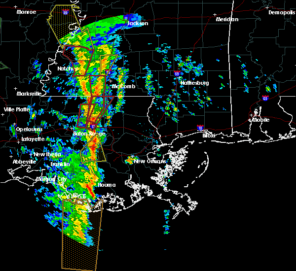 Radar Image for Severe Thunderstorms near Montpelier, LA at 12/28/2015 3:07 AM CST