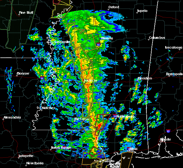 Radar Image for Severe Thunderstorms near Brandon, MS at 12/28/2015 5:00 AM CST