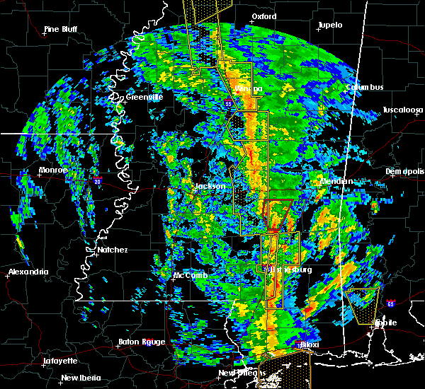 Radar Image for Severe Thunderstorms near Bay Springs, MS at 12/28/2015 6:30 AM CST