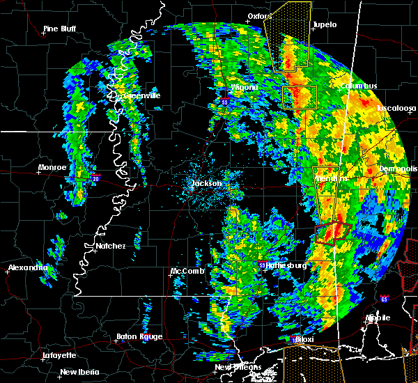 Radar Image for Severe Thunderstorms near Lauderdale, MS at 12/28/2015 8:06 AM CST