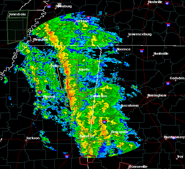 Radar Image for Severe Thunderstorms near Mississippi State, MS at 12/28/2015 8:10 AM CST