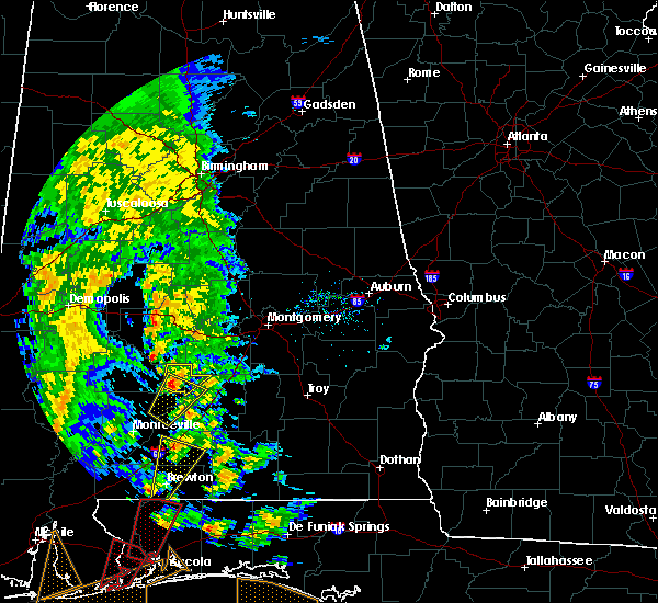 Radar Image for Severe Thunderstorms near Pine Apple, AL at 12/28/2015 9:36 AM CST