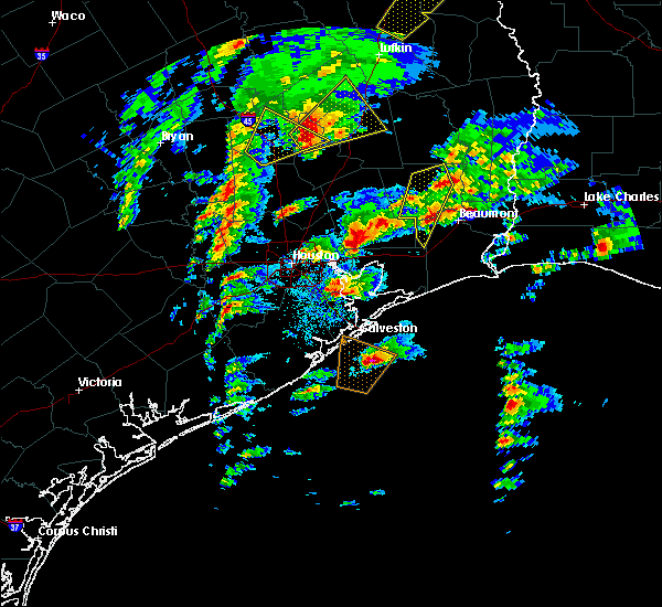 Radar Image for Severe Thunderstorms near Cape Royale, TX at 1/8/2016 6:25 PM CST
