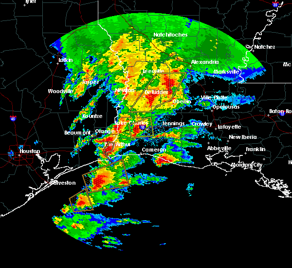 Radar Image for Severe Thunderstorms near Lake Charles, LA at 1/8/2016 10:03 PM CST