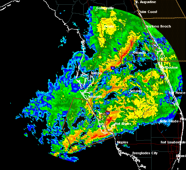 Radar Image for Severe Thunderstorms near Lochmoor Waterway Estates, FL at 1/15/2016 10:55 AM EST