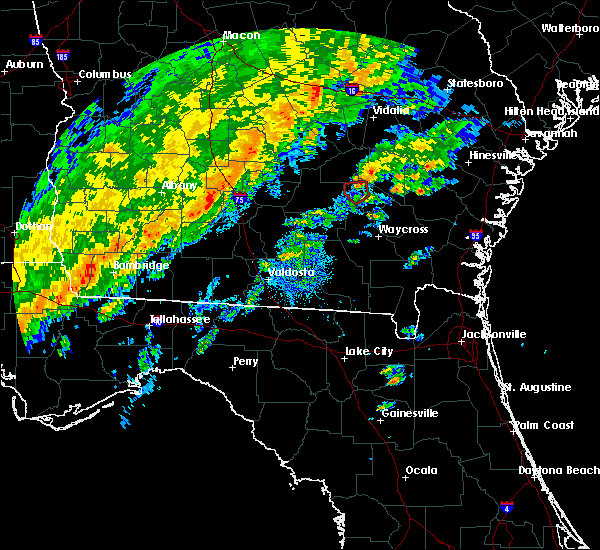 Radar Image for Severe Thunderstorms near Baxley, GA at 2/3/2016 4:03 PM EST