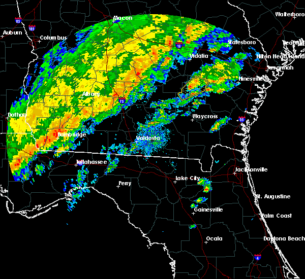 Radar Image for Severe Thunderstorms near Baxley, GA at 2/3/2016 4:20 PM EST
