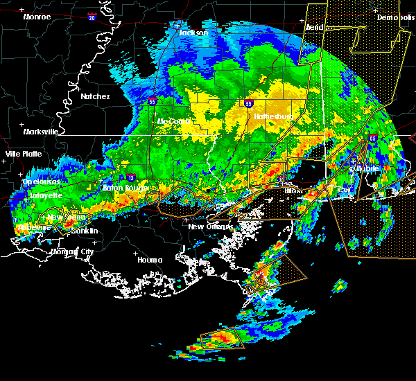 Radar Image for Severe Thunderstorms near Charenton, LA at 2/15/2016 3:57 PM CST