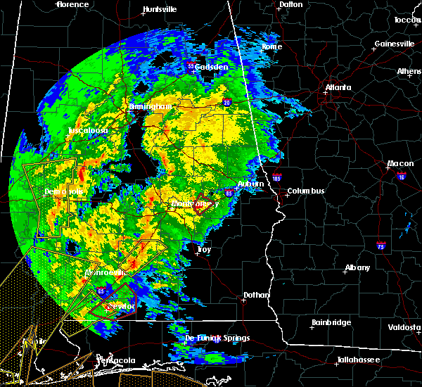 Radar Image for Severe Thunderstorms near Tallassee, AL at 2/15/2016 4:19 PM CST