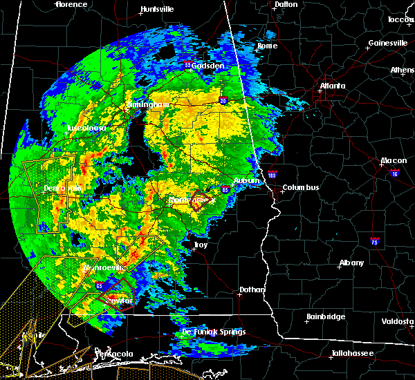 Radar Image for Severe Thunderstorms near Tallassee, AL at 2/15/2016 4:25 PM CST