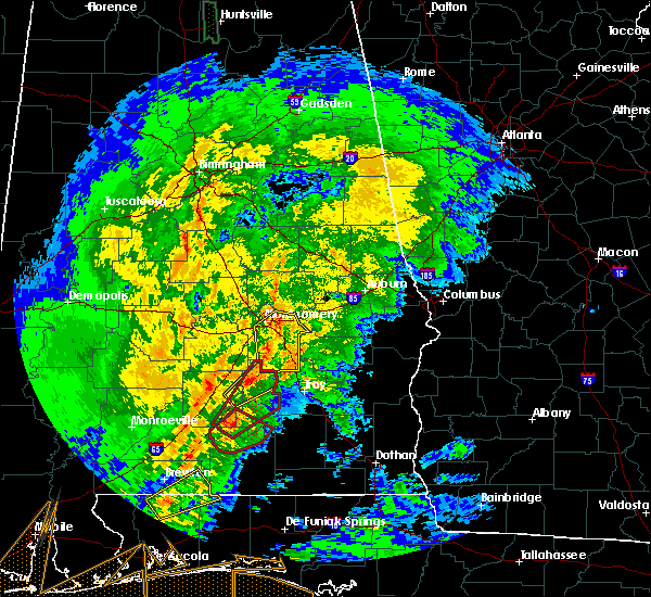 Radar Image for Severe Thunderstorms near Montgomery, AL at 2/15/2016 5:17 PM CST