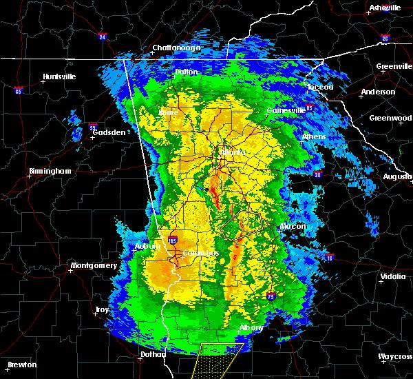Radar Image for Severe Thunderstorms near Barnesville, GA at 2/15/2016 9:40 PM EST
