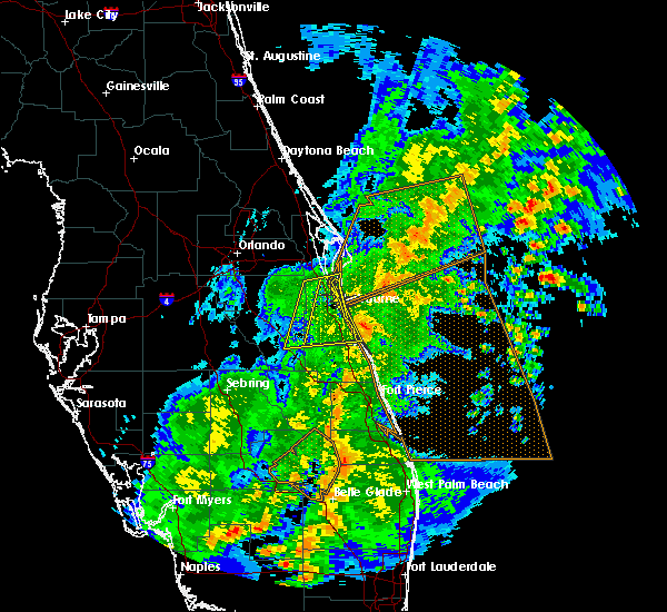 Radar Image for Severe Thunderstorms near Malabar, FL at 2/16/2016 5:42 AM EST
