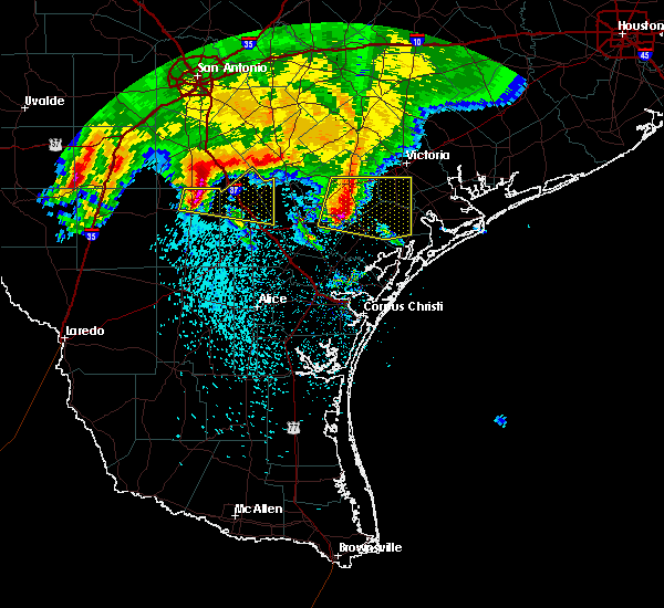 Radar Image for Severe Thunderstorms near Goliad, TX at 2/23/2016 2:47 AM CST