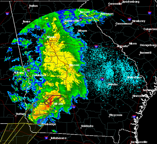 Radar Image for Severe Thunderstorms near Sylvester, GA at 2/24/2016 1:13 AM EST