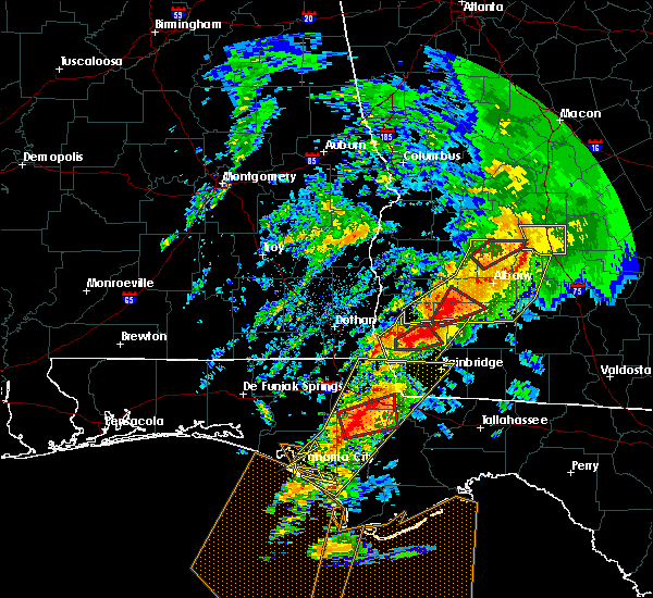 Radar Image for Severe Thunderstorms near Colquitt, GA at 2/24/2016 1:30 AM EST