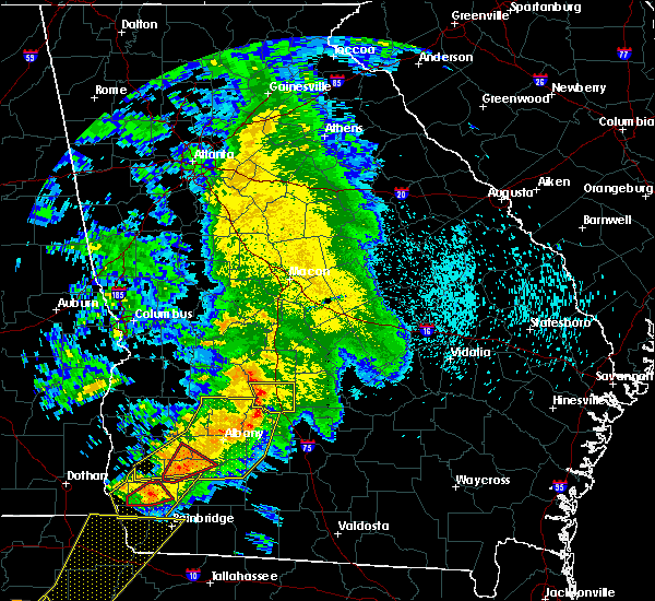 Radar Image for Severe Thunderstorms near Cordele, GA at 2/24/2016 1:37 AM EST