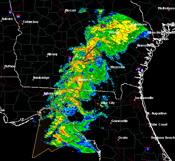 Radar Image for Severe Thunderstorms near Douglas, GA at 2/24/2016 5:01 AM EST