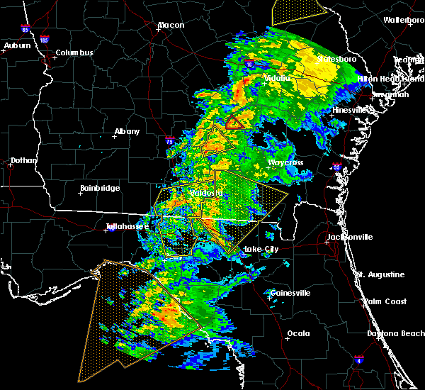 Radar Image for Severe Thunderstorms near Jennings, FL at 2/24/2016 5:23 AM EST