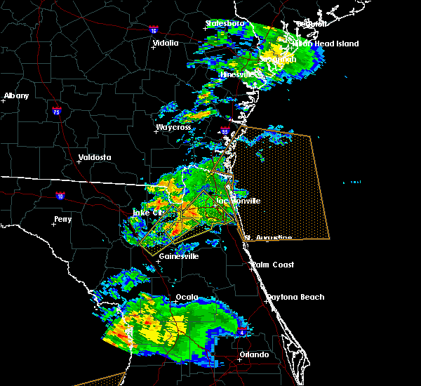 Radar Image for Severe Thunderstorms near Fleming Island, FL at 2/24/2016 7:39 AM EST