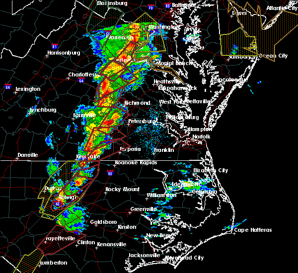 Radar Image for Severe Thunderstorms near Wyndham, VA at 2/24/2016 5:45 PM EST