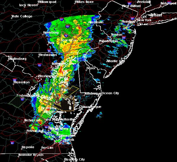 Radar Image for Severe Thunderstorms near Lexington Park, MD at 2/24/2016 8:07 PM EST