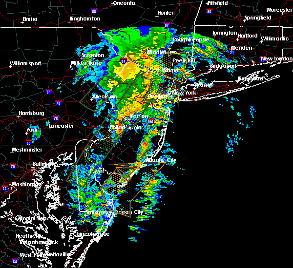 Radar Image for Severe Thunderstorms near Paterson, NJ at 2/24/2016 11:01 PM EST