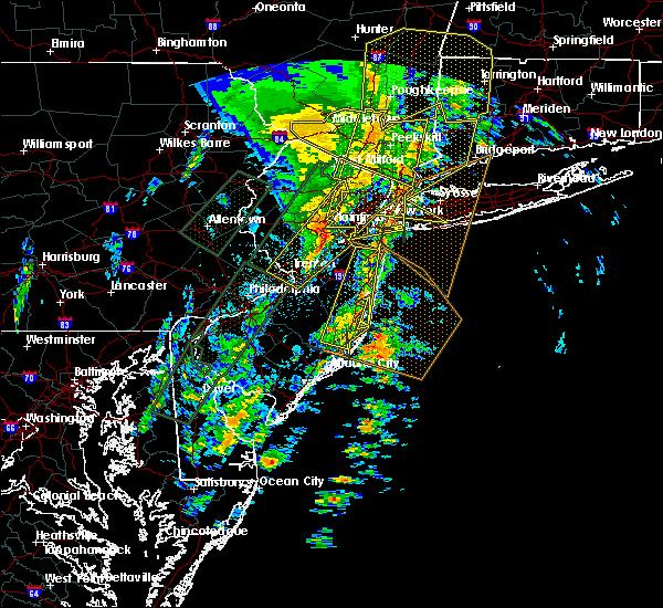 Radar Image for Severe Thunderstorms near Silver Ridge, NJ at 2/24/2016 11:29 PM EST