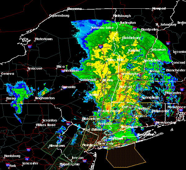 Radar Image for Severe Thunderstorms near Canaan, CT at 2/25/2016 12:34 AM EST