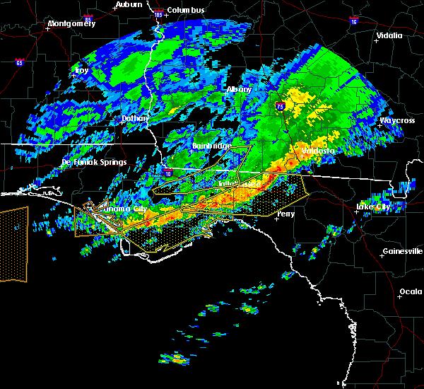 Radar Image for Severe Thunderstorms near Carrabelle, FL at 3/3/2016 11:15 PM EST
