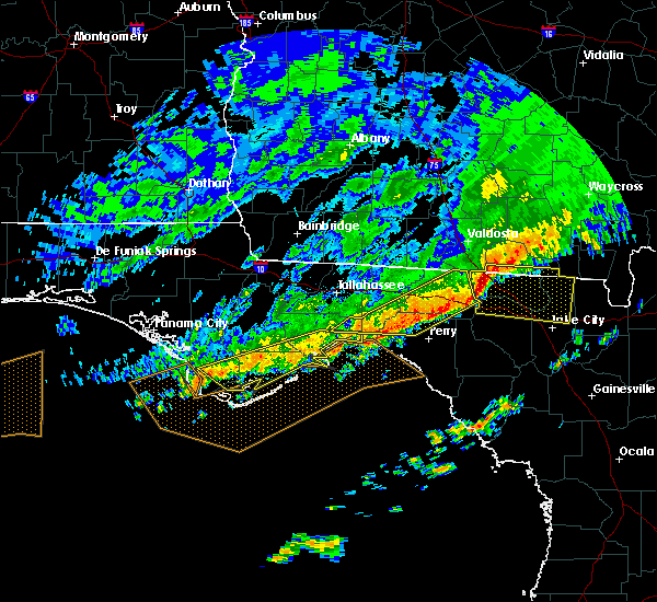 Radar Image for Severe Thunderstorms near Carrabelle, FL at 3/3/2016 11:42 PM EST