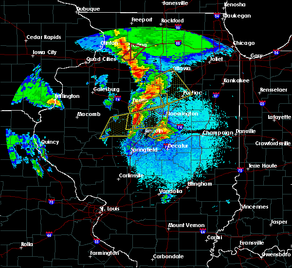 Radar Image for Severe Thunderstorms near Kenney, IL at 3/15/2016 8:41 PM CDT