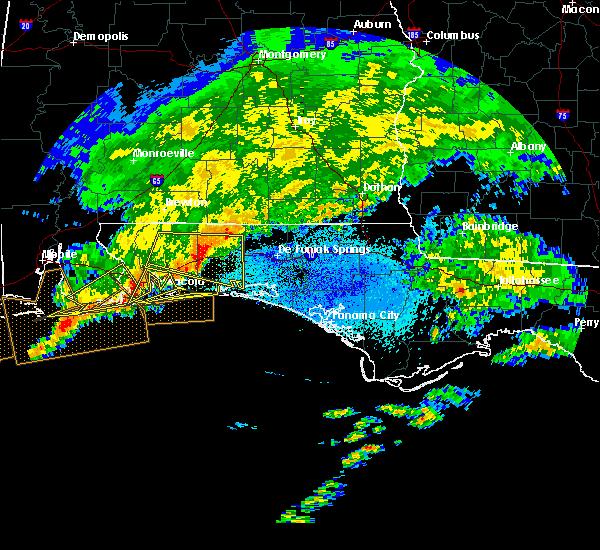 Radar Image for Severe Thunderstorms near Crestview, FL at 3/17/2016 9:54 PM CDT
