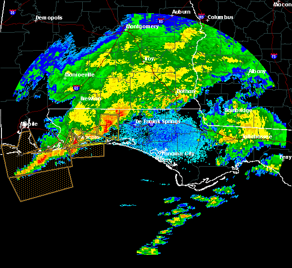 Radar Image for Severe Thunderstorms near Crestview, FL at 3/17/2016 10:12 PM CDT