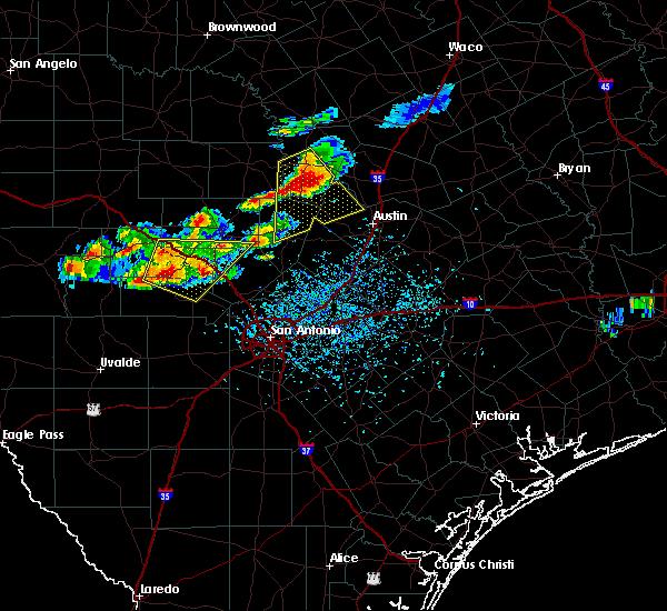 Radar Image for Severe Thunderstorms near Ingram, TX at 3/18/2016 5:39 PM CDT