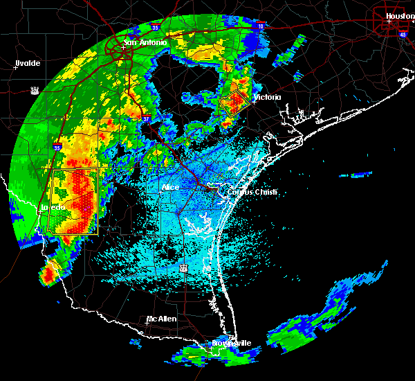 Radar Image for Severe Thunderstorms near Laredo Ranchettes, TX at 3/18/2016 10:56 PM CDT
