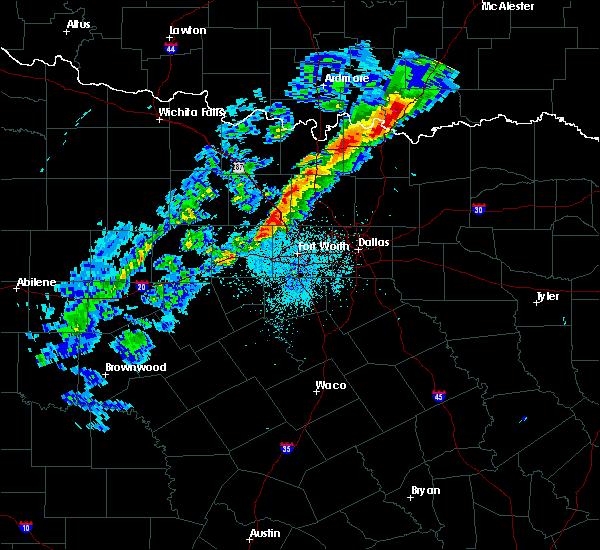 Radar Image for Severe Thunderstorms near Sanger, TX at 3/23/2016 8:33 PM CDT