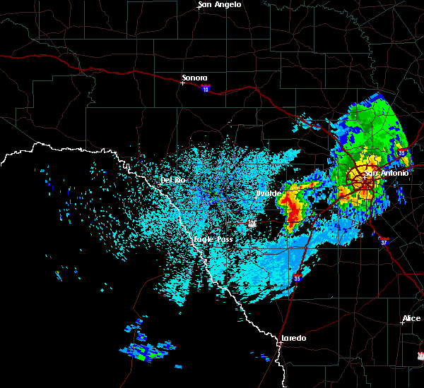 Radar Image for Severe Thunderstorms near Uvalde Estates, TX at 3/24/2016 2:27 AM CDT