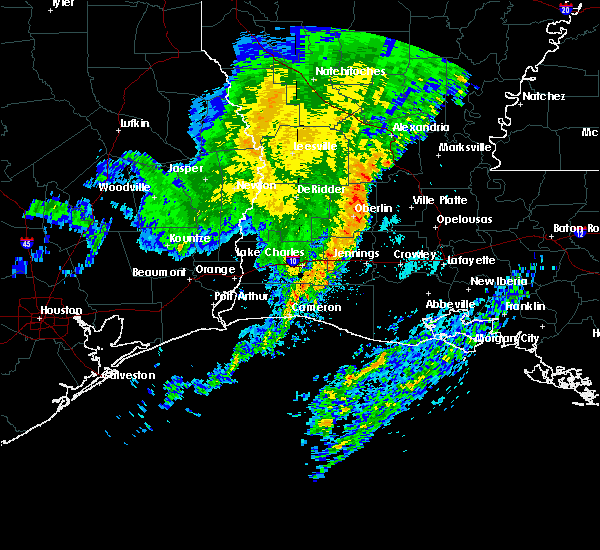 Radar Image for Severe Thunderstorms near Lake Charles, LA at 3/24/2016 8:13 AM CDT