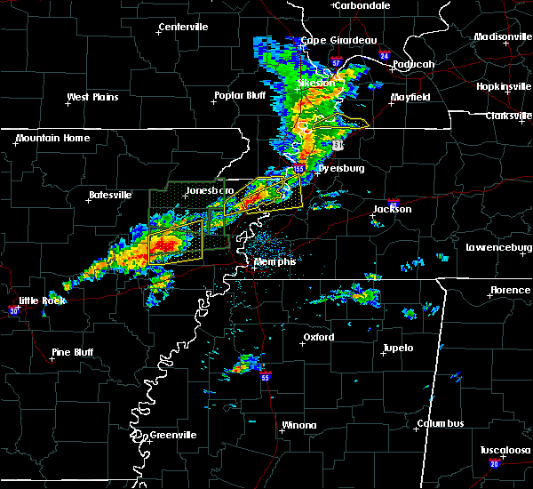 Radar Image for Severe Thunderstorms near Blytheville, AR at 3/31/2016 11:58 AM CDT