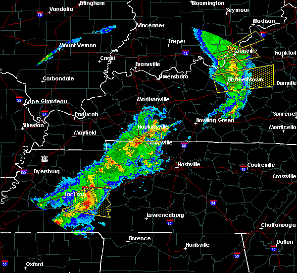 Radar Image for Severe Thunderstorms near Trenton, KY at 3/31/2016 3:27 PM CDT
