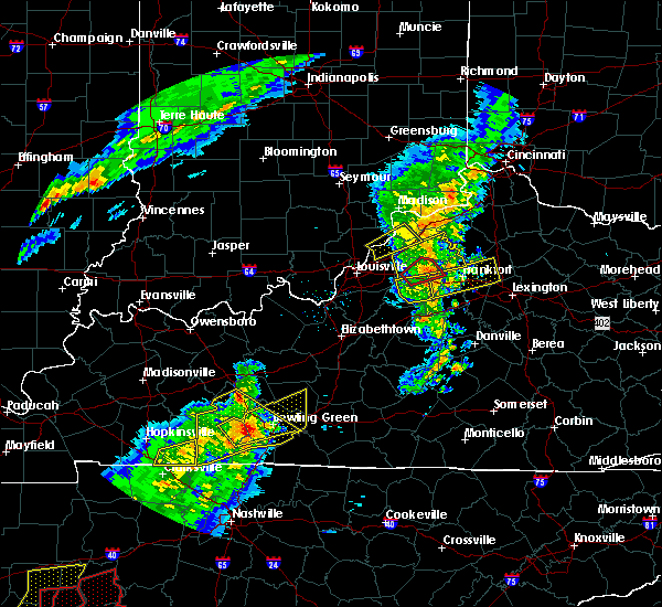 Radar Image for Severe Thunderstorms near Frankfort, KY at 3/31/2016 5:01 PM EDT