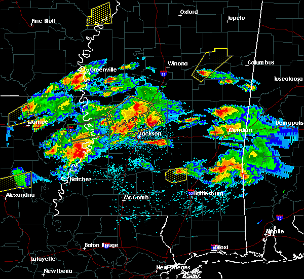 Radar Image for Severe Thunderstorms near Eden, MS at 3/31/2016 5:17 PM CDT