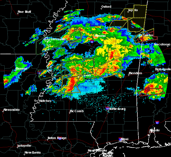 Radar Image for Severe Thunderstorms near Schlater, MS at 3/31/2016 6:29 PM CDT