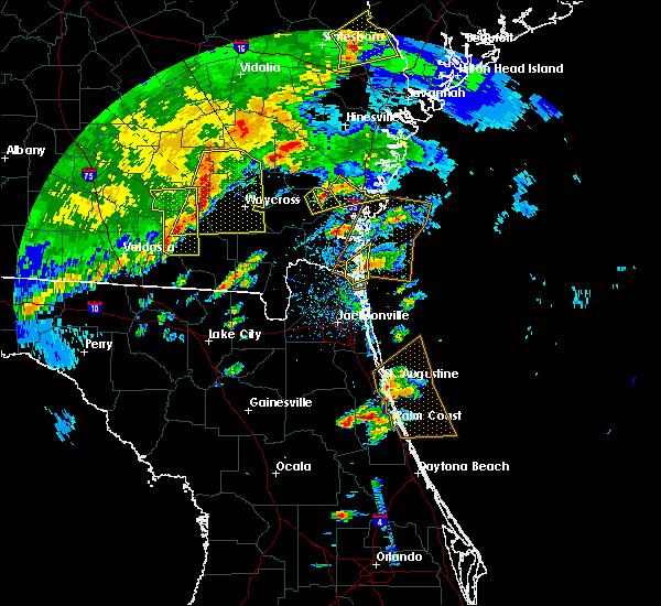 Radar Image for Severe Thunderstorms near Dock Junction, GA at 4/1/2016 5:40 PM EDT