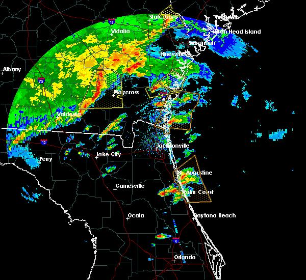 Radar Image for Severe Thunderstorms near Darien, GA at 4/1/2016 5:46 PM EDT