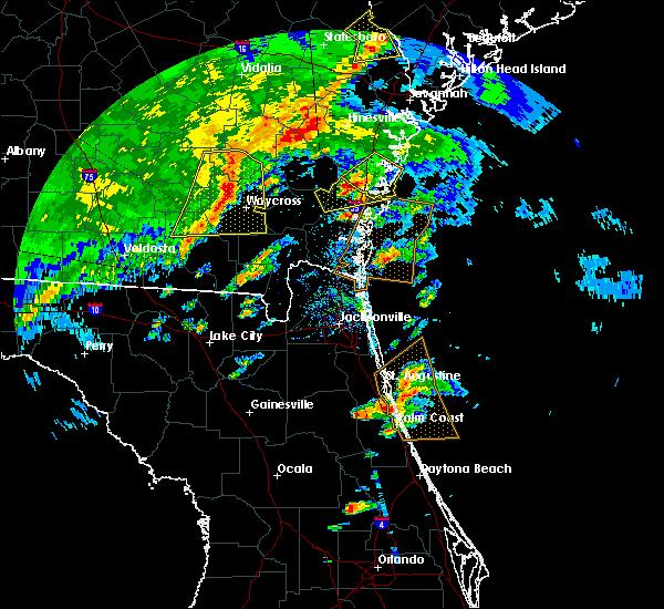 Radar Image for Severe Thunderstorms near Darien, GA at 4/1/2016 5:53 PM EDT
