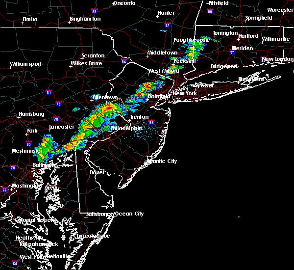Radar Image for Severe Thunderstorms near Flemington, NJ at 4/1/2016 6:04 PM EDT