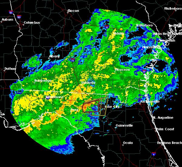 Radar Image for Severe Thunderstorms near Live Oak, FL at 4/2/2016 4:00 AM EDT